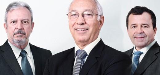 """Chapa """"Inovar e Avanças"""" é liderada pelo atual presidente da entidade, Luiz Carlos Botelho (centro). O cargo de 1° vice-presidente fica sob responsabilidade de João Carlos Pimenta (E), acompanhado de Dionyzio Klavdianos (D) como vice-presidente Administrativo-financeiro"""